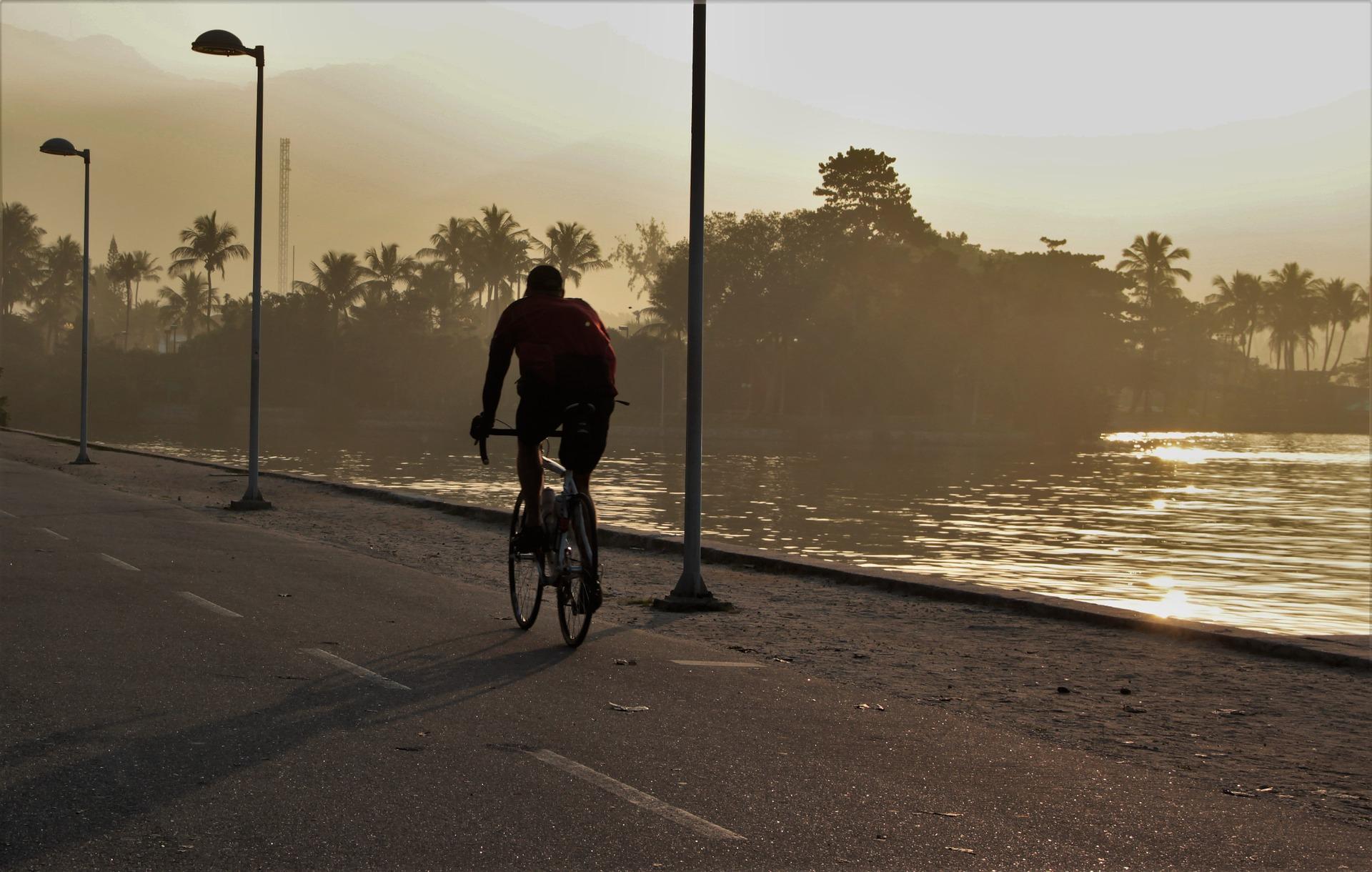 jazda rowerem cyklista
